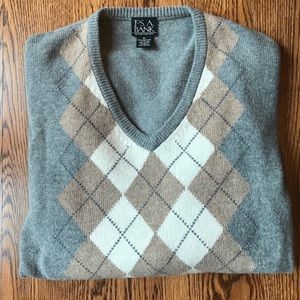 JosA Banks argyle sweater, like new condition